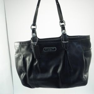 Coach Gallery East West Large Black Leather Tote